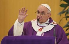 Papież otworzył pierwsze Drzwi Święte Jubileuszu Miłosierdzia
