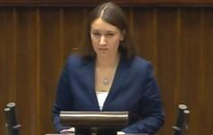 Karolina Elbanowska: Rząd Ewy Kopacz pokazał dzisiaj drzwi wszystkim rodzicom