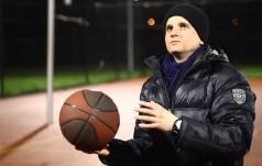 Wrocław: nowy teledysk rapującego kleryka