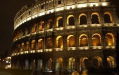 Droga Krzyżowa w Koloseum pod znakiem rozważania problemów naszych czasów