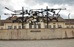 Pamięć o zbrodniach hitlerowskich nie może zaginąć - uroczystości w byłym KL Dachau