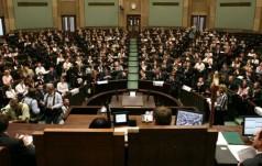 Sejm Dzieci i Młodzieży pokazuje czerwoną kartkę rządzącym