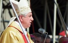 Abp Dzięga: potrzeba przyjąć Jezusa, by był naszym królem