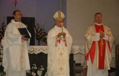 Uroczystość przekazania relikwii św. Jana Pawła II do parafii Matki Bożej Anielskiej w Warszawie