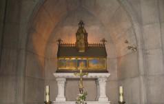 Franciszkanie otworzyli relikwiarz bł. Jolenty zmarłej w 1304 r.