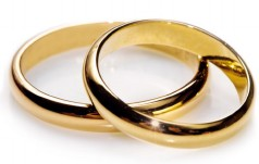 Dzięki proboszczowi małżeństwo odzyskało obrączki