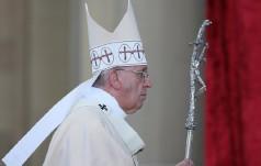 Papież umyje stopy katolikom, prawosławnym, muzułmanom i hinduiście