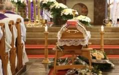 Niemcy: w diecezji pasawskiej pogrzeby będą prowadzili świeccy teolodzy