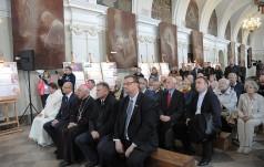 Św. Jan Paweł II na znaczkach Poczty Polskiej