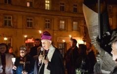 Świdnica: procesja różańcowa w intencji rodzin i trwającego Synodu przeszła ulicami miasta