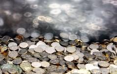 W Watykanie o finansach: same ofiary nie wystarczą