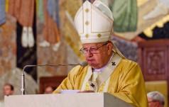 Kraków: kard. Dziwisz przewodniczył Mszy św. w intencji maturzystów
