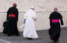 Papież Franciszek przyjął wielkiego imama uniwersytetu  Al-Azhar