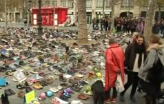 Papieskie buty na paryskim placu