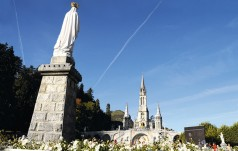 Lourdes: polscy pielgrzymi korzystają już z nowego połączenia lotniczego z Krakowa