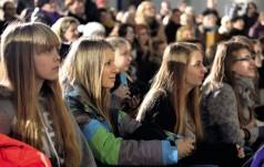 Kraków: 22 tys. młodych ludzi uczestniczyło w wydarzeniu Młodzi i Miłosierdzie