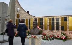 Morawica: Odsłonięto tablice z nazwiskami Niezłomnych