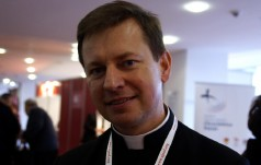 Rzecznik Episkopatu: milczenie papieża będzie wołaniem o pokój