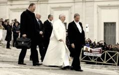 Papież na Anioł Pański: usuńmy przyczyny pracy dzieci