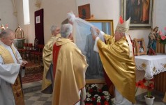 Odsłonięcie obrazu kapłana – męczennika w Ocicach