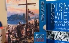 Limitowana edycja Biblii Tysiąclecia dla prymasa i prezydenta