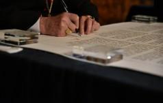 Jasna Góra: biskupi podpisali nowy akt zawierzenia w 1050. rocznicę chrztu