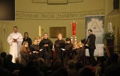 """Chorał gregoriański z improwizacjami saksofonowymi i muzyka synagogalna na Festiwalu """"Gaude Mater"""""""
