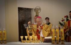 Biskupi dziękują Nuncjuszowi Apostolskiemu w Polsce