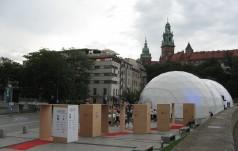 Pod Wawelem otwarto Pawilon Polski