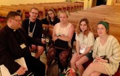 Młodzi Francuzi o papieżu Franciszku, Jasnej Górze i Miłosierdziu