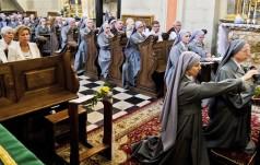 Franciszek odwiedził siostry prezentki w Krakowie