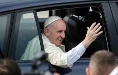 Papież wyruszył na czuwanie modlitewne w Campusie Misericordiae