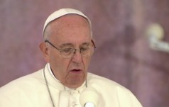 Katolicy i Koptowie będą dążyć do wzajemnego uznania ważności chrztu