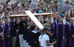 ŚDM: kilkaset tysięcy młodych modliło się na Drodze Krzyżowej