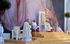 Kard. Dziwisz do Franciszka: przed Tobą młody Kościół trzeciego tysiąclecia!