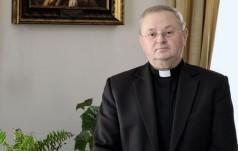 Proboszcz katedry na Wawelu o ekshumacji pary prezydenckiej