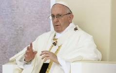 Papież do dziennikarzy: rzetelna informacja bez szkalowania
