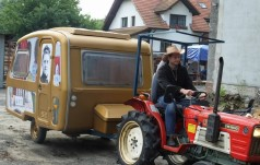 Jaworzno: na traktorach do Lisieux