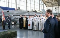 Poznań-Krzesiny: Święto Sił Powietrznych zainaugurowała Msza św.