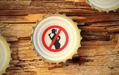 Sen. Szymański: duży odsetek kobiet w ciąży pije alkohol