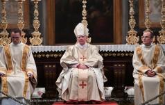 Abp Jędraszewski: szczytem maryjnej pobożności Polaków - pontyfikat Jana Pawła II