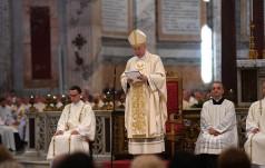 Abp Gądecki: osobista świętość największym skarbem, jaki zostawił nam Jan Paweł II