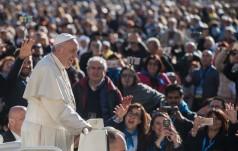 Franciszek: Wspieram wszystkich pomagających zniewolonym i wyzyskiwanym