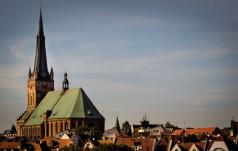 Szczecin: Młodzi modlili się w nocy w katedrze