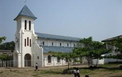 Laos: pojutrze w Vientiane beatyfikacja 17 męczenników z lat 1954-70