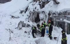 W zasypanym lawiną śnieżną hotelu znaleziono 6 żywych osób