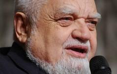Włochy: Enzo Bianchi zrezygnował z kierowania Wspólnotą z Bose