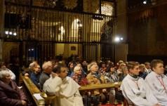 Diecezja legnicka na nocnym czuwaniu na Jasnej Górze