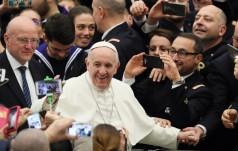 Franciszek: Jestem tu pośród was jako kapłan i wkraczam do Mediolanu jako ksiądz