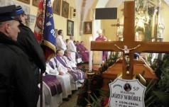 Pożegnanie śp. ks. kan. Józefa Wróbla w Olszanach